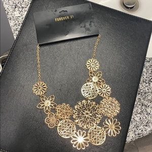 Forever 21 faux gold necklace